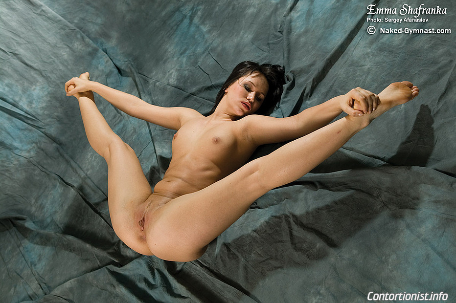 wet pussy granny fucking orgas